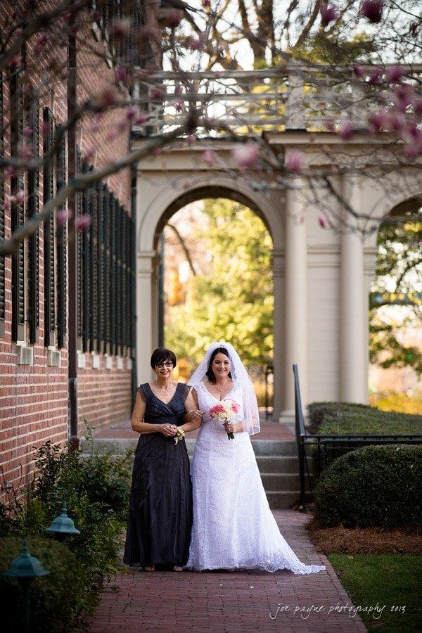 bride and mom at carolina inn