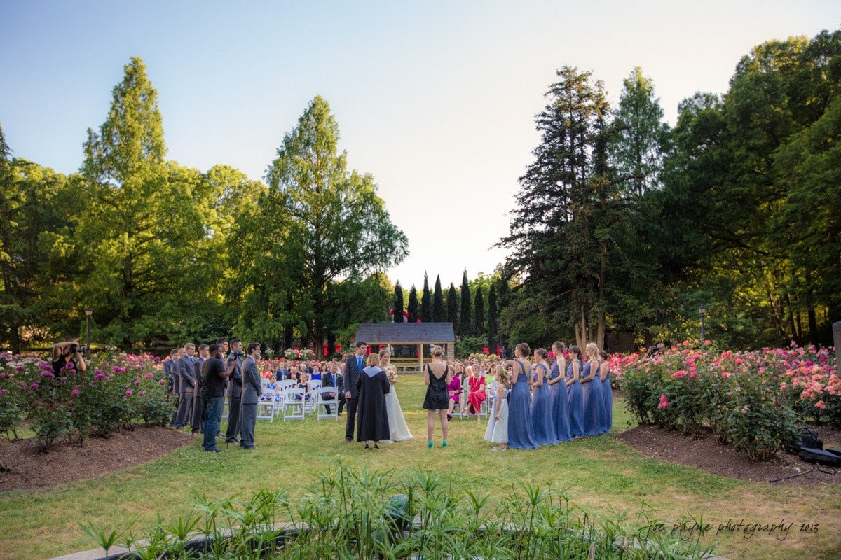 raleigh wedding photography at the rose garden