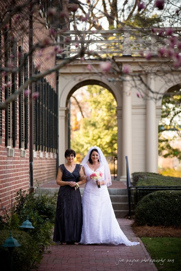 bride and mom at carolina inn