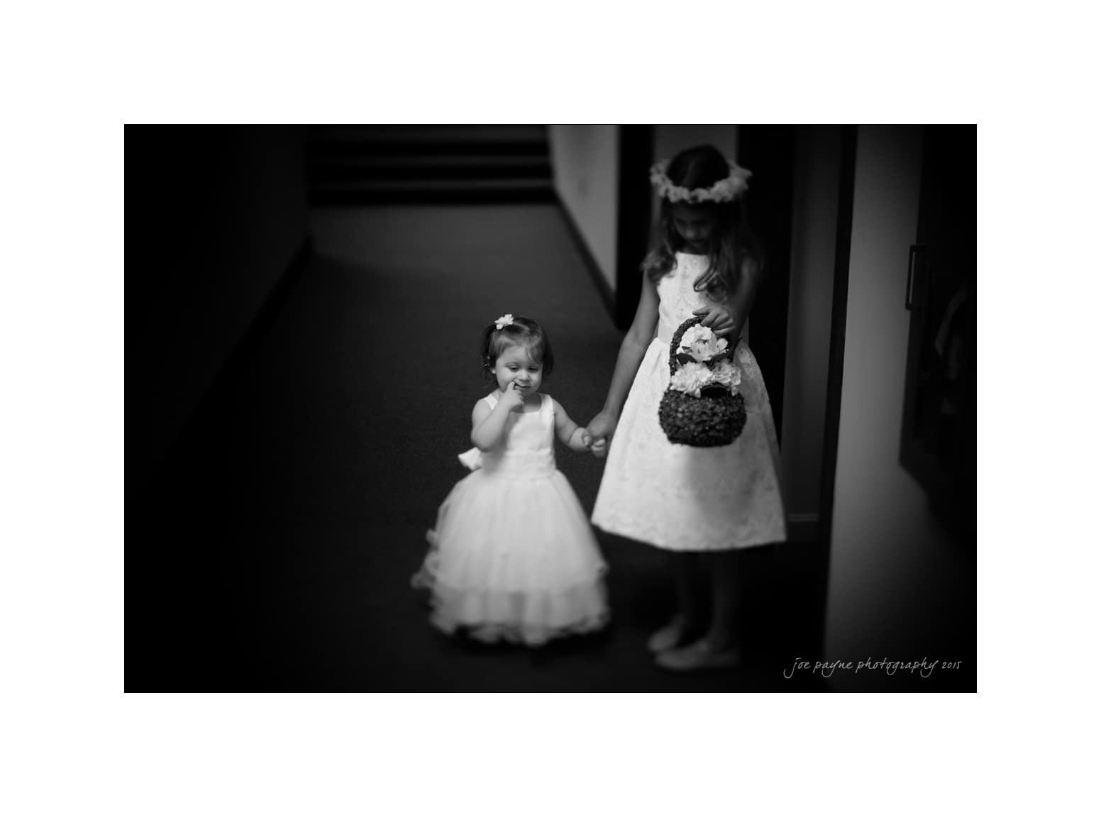nc wedding photographer flower girls waiting